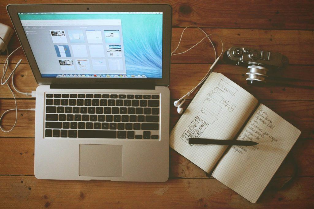 パソコンと手帳